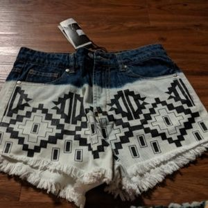 Southwestern bleached shorts
